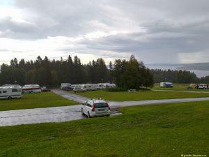 Utsikt från campingstuga