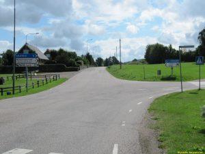 I Hasslöv, Brantekällavägen till höger